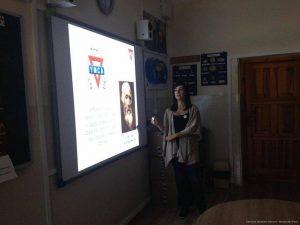 Centrum Języków Obcych i Tłumaczeń Point w szkołach